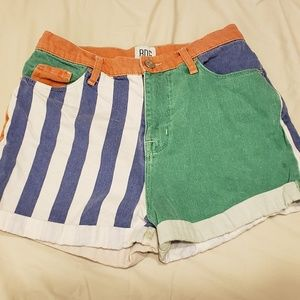 😍Urban Outfitters colorful high waisted shorts